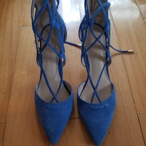Lace heels from Marc Fisher, size 6